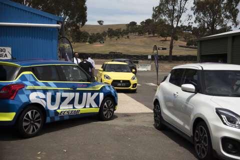 Suzuki Swift Sport 2018 chuẩn bị cho bản phát hành